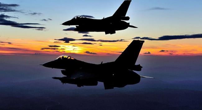 Savaş uçaklarımız DEAŞ hedeflerini yerle bir etti