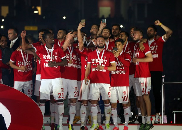 Sivasspor, TFF 1. Lig'de sezonu şampiyon tamamladı!